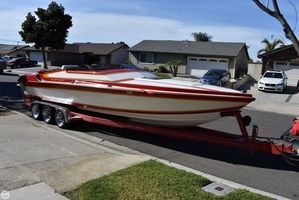 Used Hallett 270-T High Performance Boat For Sale