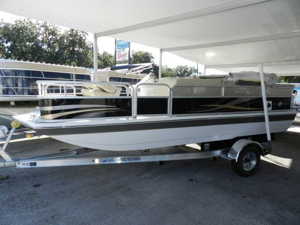 New Hurricane 196 Fish & Ski Deckboat Deck Boat For Sale