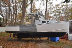 Used Bhm Flye Point 25 Lobster Fishing Boat For Sale