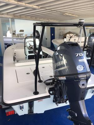 New Maverick Boat Co. HPX-17 VHPX-17 V Flats Fishing Boat For Sale