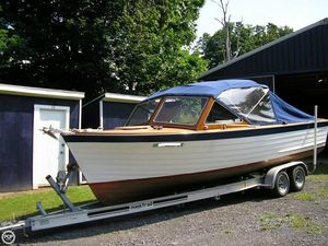 Used Lyman 24 Antique and Classic Boat For Sale