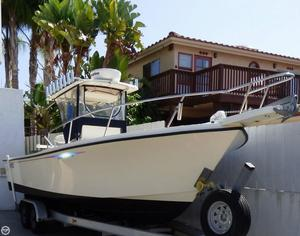 Used Parker Marine 2500 SE Center Console Fishing Boat For Sale