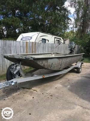 Used Xpress Bayou 18 Aluminum Fishing Boat For Sale