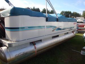 Used Godfrey Sweetwater 20 EL Pontoon Boat For Sale