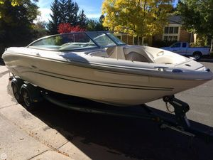 Used Sea Ray 220 Bowrider Boat For Sale