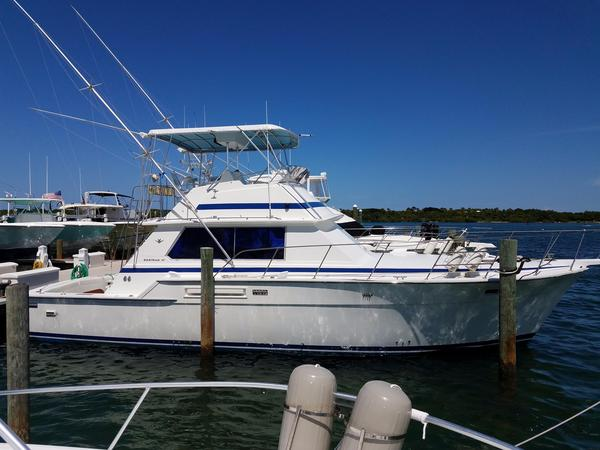Used Bertram 42 Convertible Motor Yacht For Sale