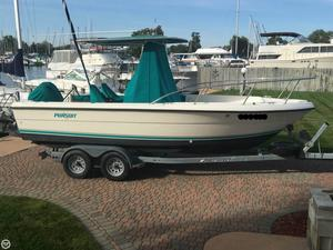 Used Pursuit 2150 CC Center Console Fishing Boat For Sale