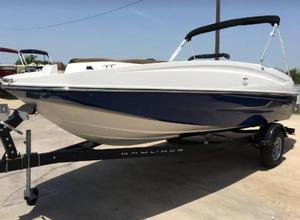 Used Bayliner 195 Deck Boat For Sale