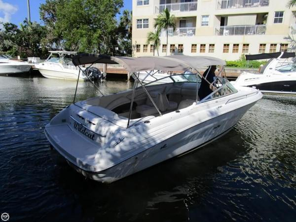 Used Sea Ray 260 Signature Select Bowrider Boat For Sale