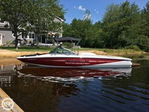 Used Mastercraft 197 Ski and Wakeboard Boat For Sale