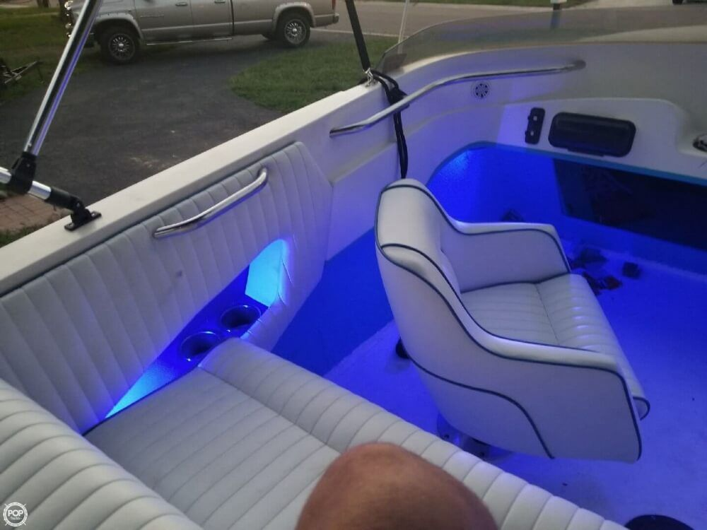 1995 Used Wellcraft 22 Scarab High Performance Boat For Sale