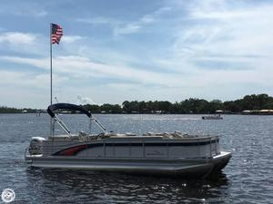 Used Bennington 2574 RFS Pontoon Boat For Sale