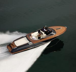 New Riva Aquariva Super Cuddy Cabin Boat For Sale