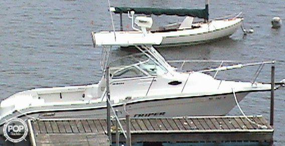 Used Seaswirl Striper 2301 Walkaround Fishing Boat For Sale