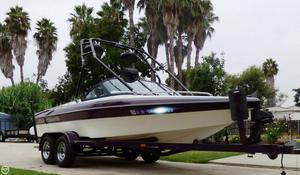 Used Ski Supreme 21 Pro Am Ski and Wakeboard Boat For Sale