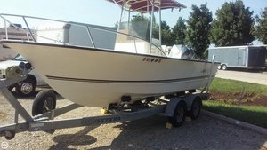 Used Cape Craft 22 Center Console Fishing Boat For Sale