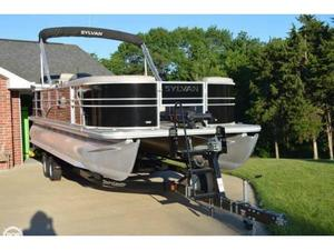 Used Sylvan 8522 Mirage Pontoon Boat For Sale