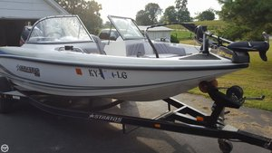 Used Stratos 486 SF Ski N Fish Bass Boat For Sale