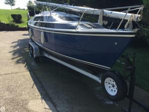 Used Macgregor 26M Motorsailer Sailboat For Sale