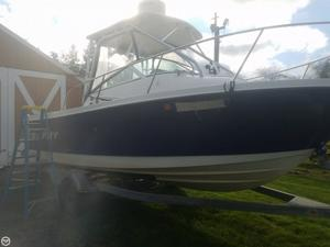 Used Trophy 2152 Walkaround Fishing Boat For Sale