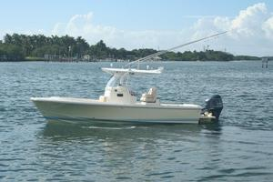 Used Hunt Yachts Surfhunter 26 CC Center Console Fishing Boat For Sale