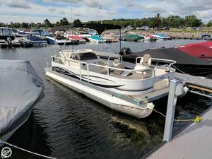 Used Crestliner 2185 Suncast Batata Bay Pontoon Boat For Sale