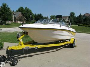 Used Chaparral 186 SSE Bowrider Boat For Sale