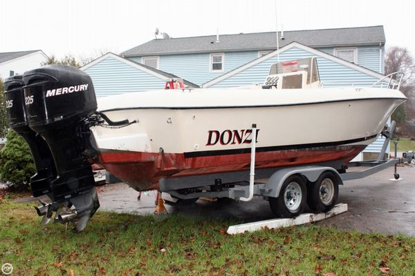Used Donzi F-25 CC Center Console Fishing Boat For Sale