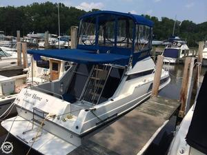 Used Carver Santego 2767 Express Cruiser Boat For Sale