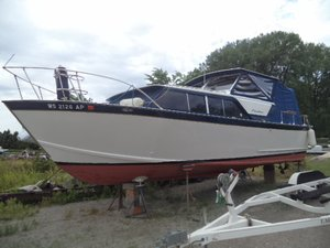 Used Chris-Craft 30 Cavalier Motor Yacht For Sale