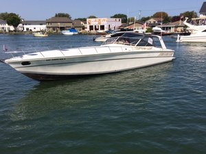 Used Cary 50' Express Cruiser Boat For Sale