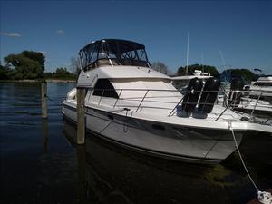 Used Carver 370 Voyager Express Cruiser Boat For Sale