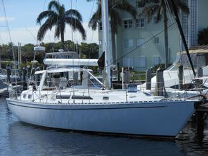 Used Gulfstar Csy-50 Center Cockpit Sailboat For Sale
