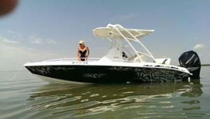Used Glasstream 242 CCX Motor Yacht For Sale