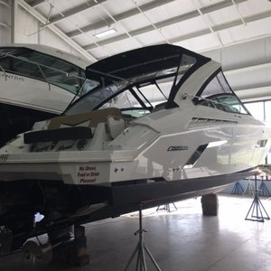 Used Cruisers Yachts 338 Motor Yacht For Sale
