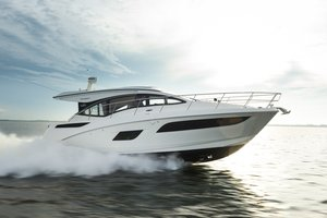 New Sea Ray 400da Express Cruiser Boat For Sale