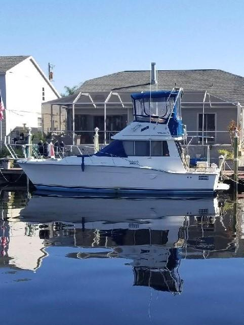 Used Trojan F-32 Convertible Fishing Boat For Sale