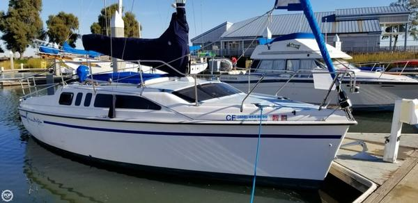 Used Hunter 26 Sloop Sailboat For Sale