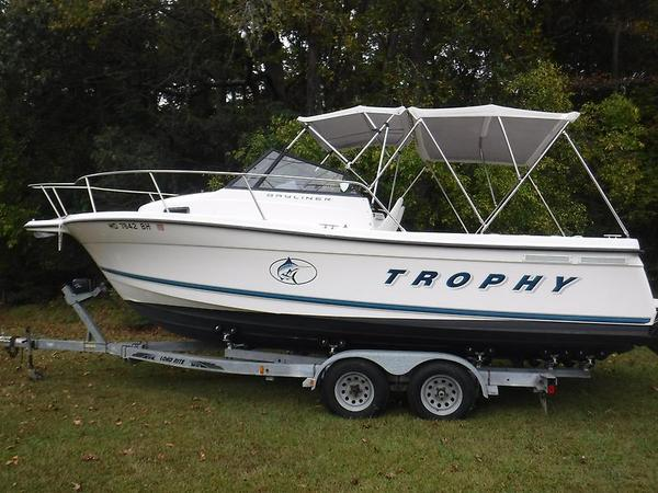 Used Bayliner Trophy 2352 Center Console Fishing Boat For Sale