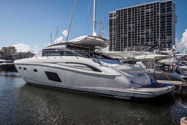Used Princess V62-S Cruiser Boat For Sale