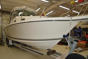 Used Pursuit 315 OS Express Cruiser Boat For Sale