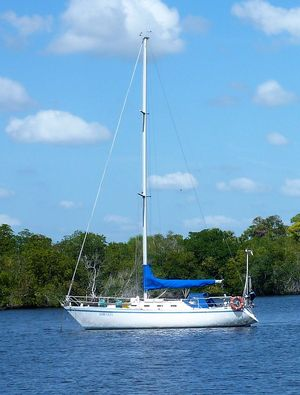 Used Canadian Sailcraft CS 36 Traditional Sloop Sailboat For Sale