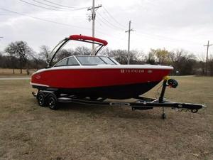 Used Cobalt CS3 Bowrider Boat For Sale