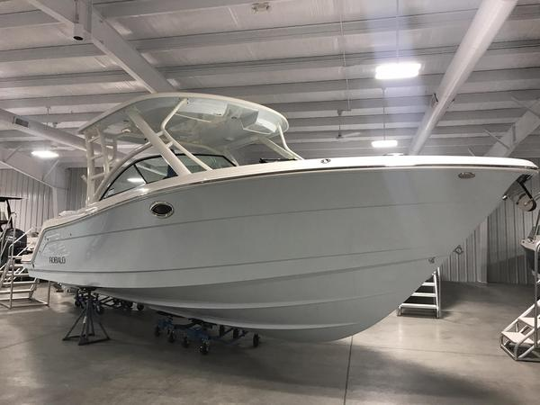 New Robalo R317R317 Dual Console Boat For Sale