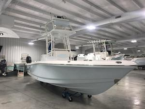 New Robalo R246 Cayman SD Bay Boat For Sale