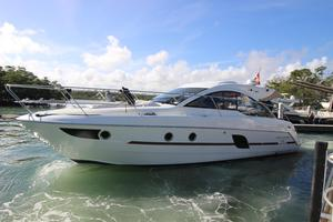 Used Beneteau GT 38 Express Cruiser Boat For Sale