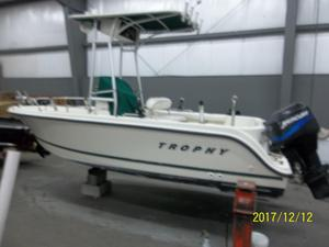 Used Trophy 1703 Center Console Saltwater Fishing Boat For Sale