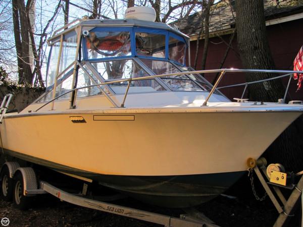 Used Seacraft 23 Tsunami Sport Cruiser Boat For Sale