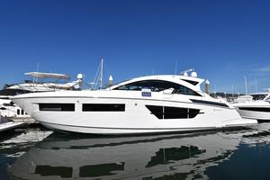 New Cruisers Yachts 60 Cantius Express Cruiser Boat For Sale