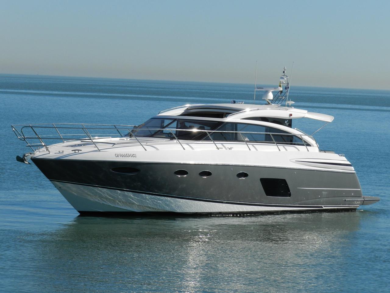 2015 Used Princess V52 Motor Yacht For Sale 899 000